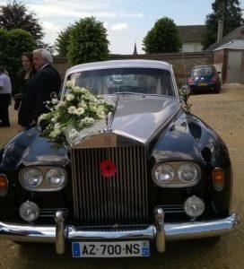 Prestige Cars Events - fleurs blanches -Location voiture Mariage, Rolls, Normandie